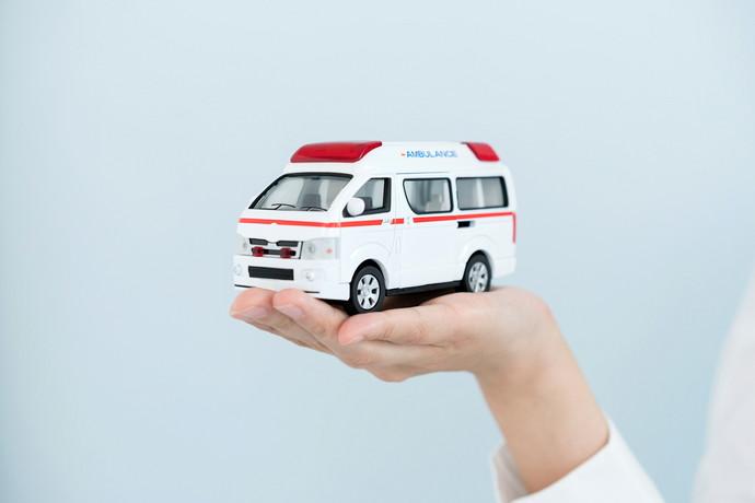 交通事故治療へのアプローチ方法の画像