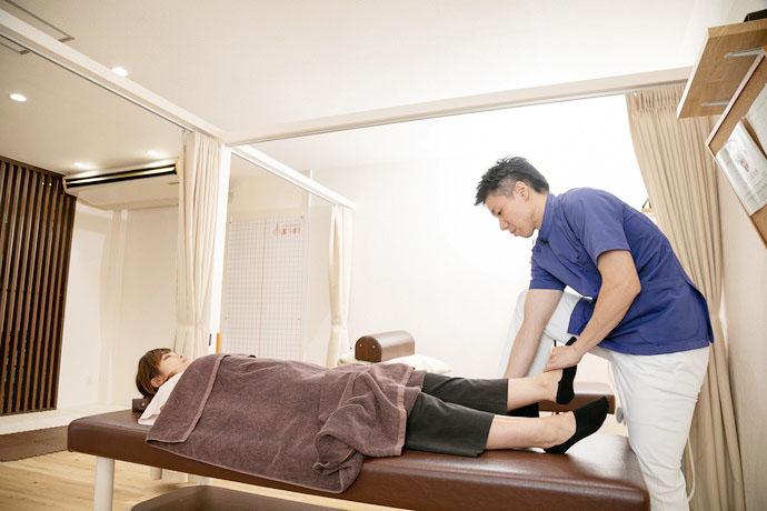 星野鍼灸整骨院 O脚矯正の画像